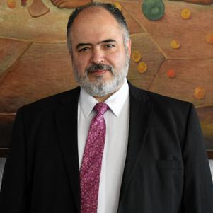 Esta imagen tiene un atributo ALT vacío; su nombre de archivo es Dr.-Sarbelio-Moreno-Espinoza-FOTO.jpg